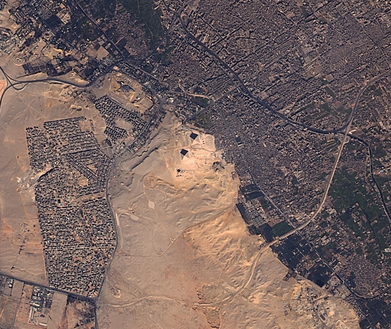 Giza Piramitleri-Mısır 2 Ocak 2015