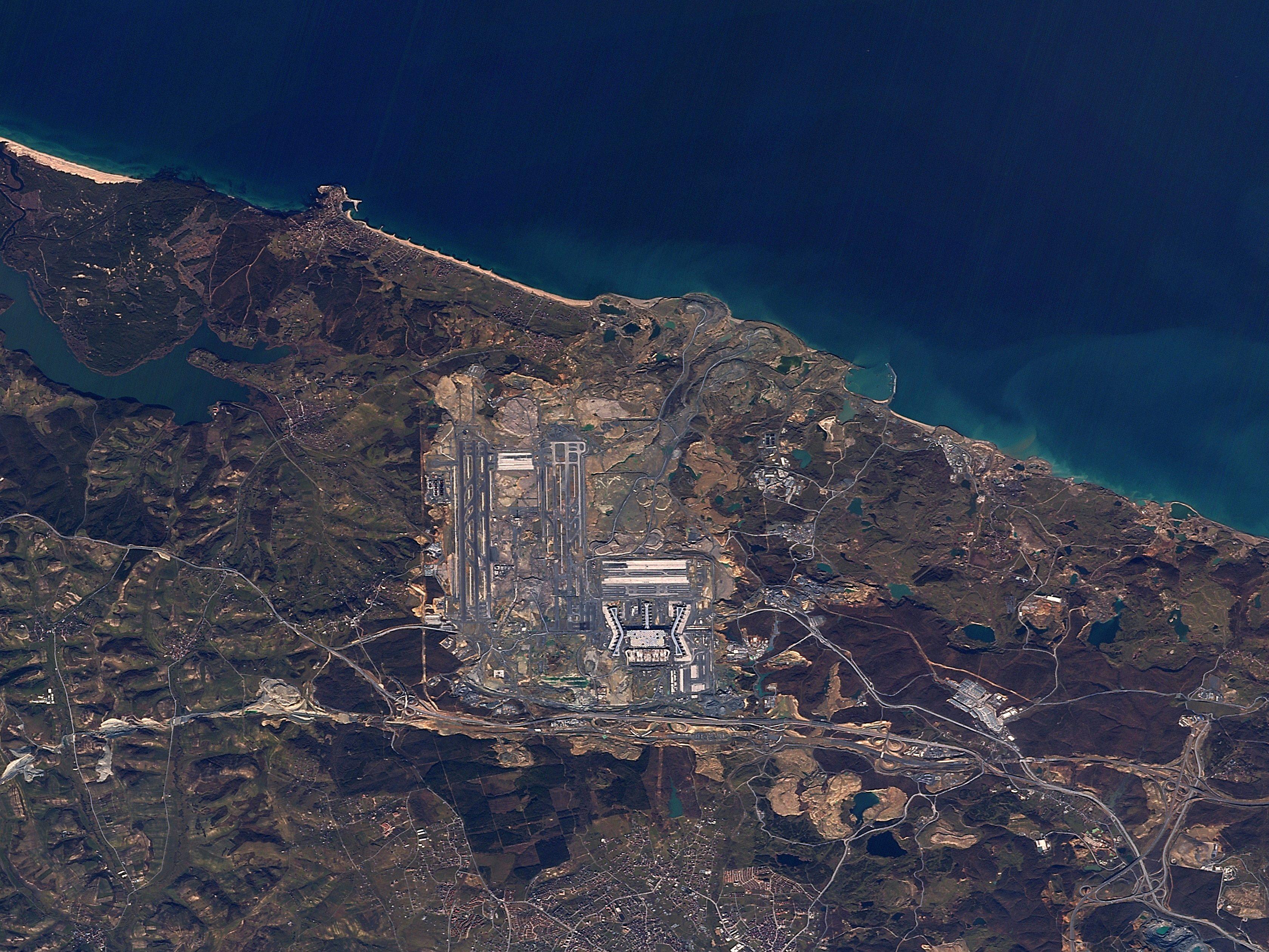 İstanbul  Yeni Havalimanı 2012-2018